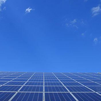 El autoconsumo eléctrico beneficia a la economía