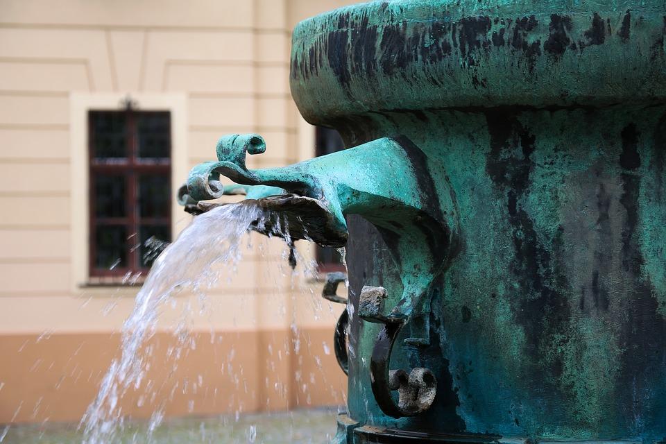 historia de la fontanería